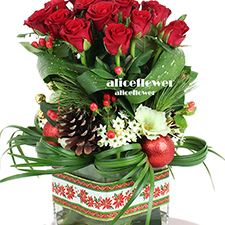 Christmas Gift-Shimmering Stars. X´mas Arranged Flowers is guaranteed to make their holiday both merry and bright-Alice Florist Taipei.