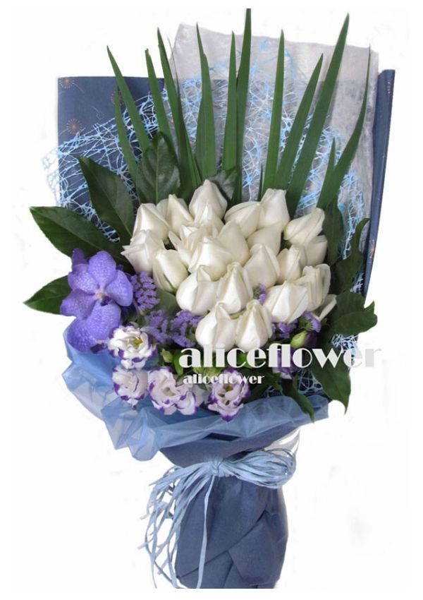 Roses Bouquet,Affectionate Language White Roses
