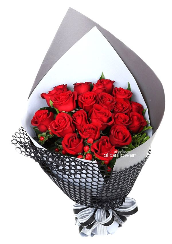 Valentine Bouquet,Cinderella Red Rose