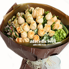 Chinese Valentine Bouquet-Shine love.  It is a one-of-a-kind keepsake symbolizing boundless love.-Alice Florist Taipei, Taiwan.