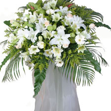 Funeral and Sympathy,Funeral Standing Spray -Alice Florist Taipei.