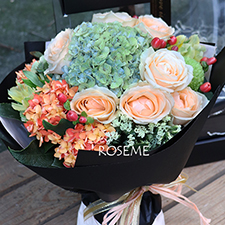 Thanksgiving Flowers and Gifts-Heart smile- Alice Florist Taipei, Taiwan.