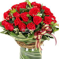 Import Rose  Bouquet in Vase ,Red actress, Alice Florist Taipei, Taiwan.