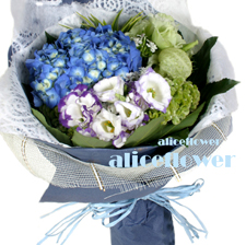 Spring Festivals Flora-Hydrangea Love,The beautiful Hydrangea hand wrapped with matching greenery ,Alice Florist Taipei.